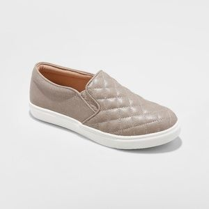 Women quilted sneakers